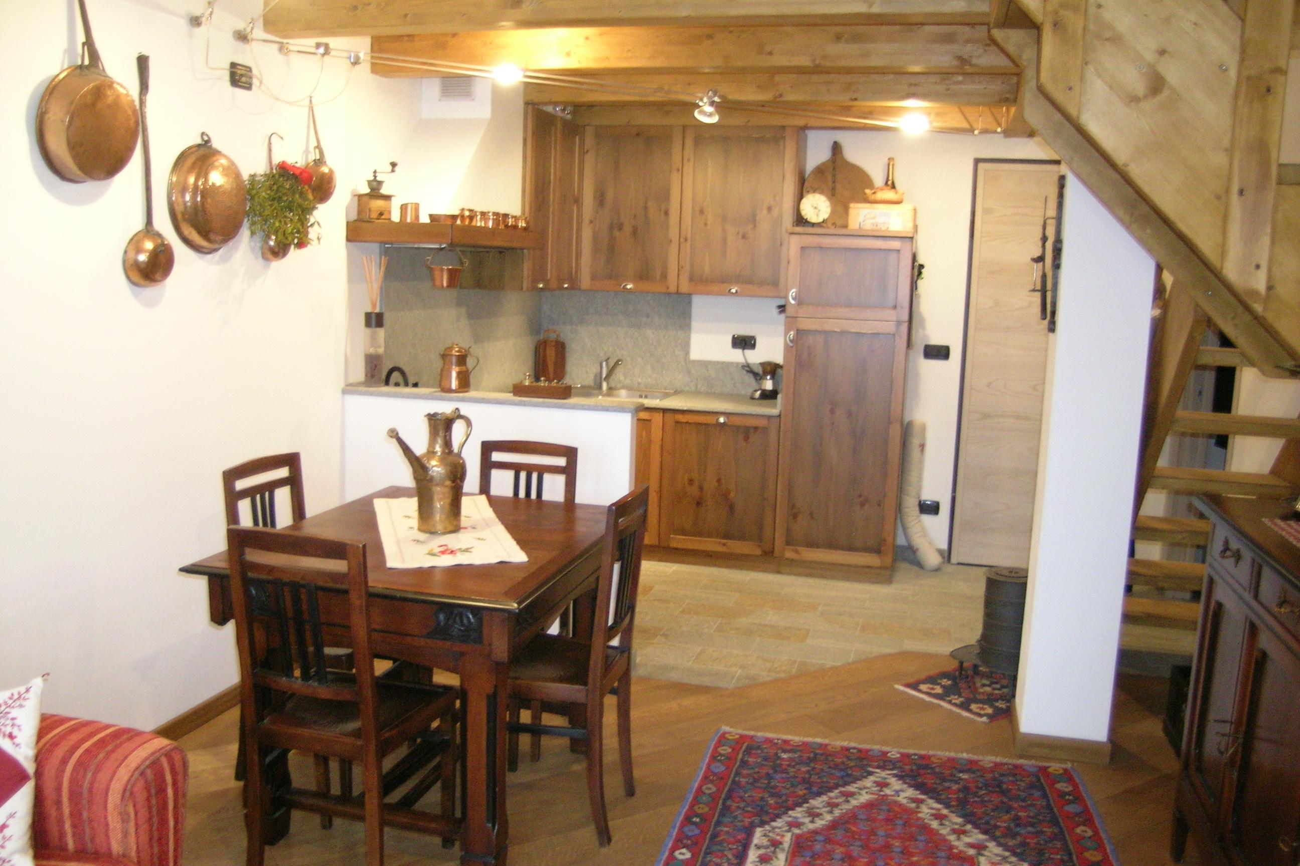 Angolo cottura rustico design casa creativa e mobili - Cucina angolo cottura in muratura ...